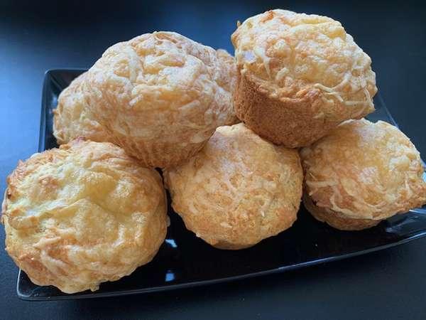Herzhafte Käse Zwiebel Muffins